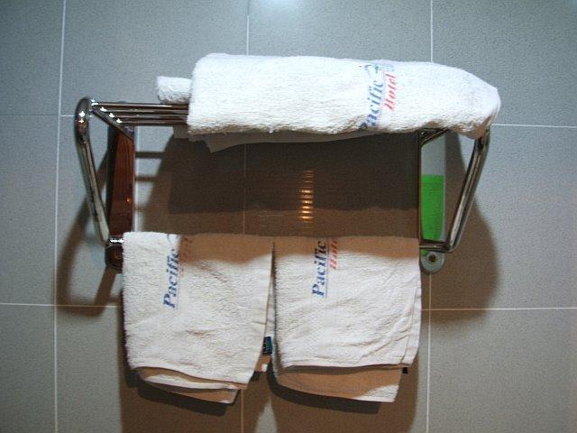 towels71964576809_0_BG.jpg